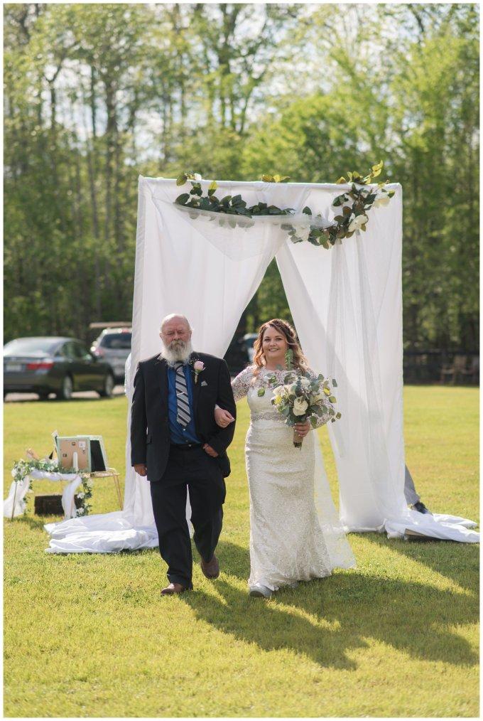 Intimate-Rustic-Backyard-Chesapeake-Virginia-Wedding_0675