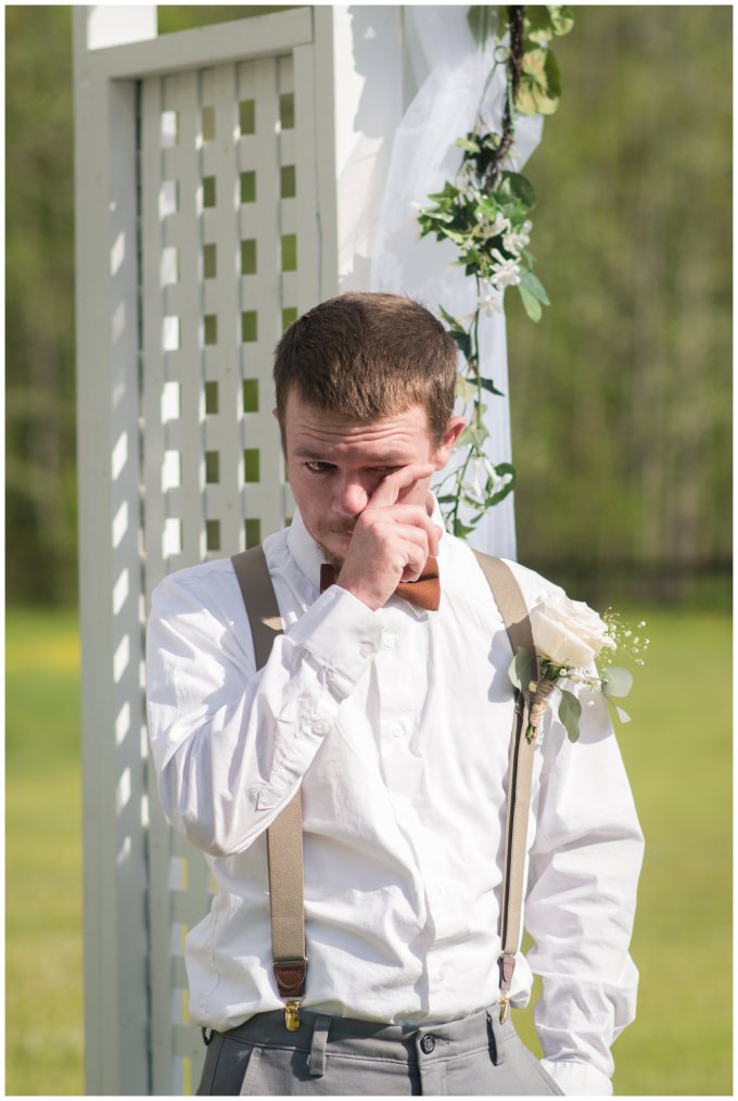 Intimate-Rustic-Backyard-Chesapeake-Virginia-Wedding_0678