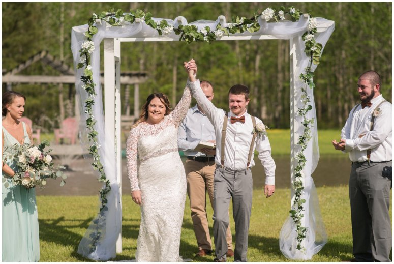 Intimate-Rustic-Backyard-Chesapeake-Virginia-Wedding_0692