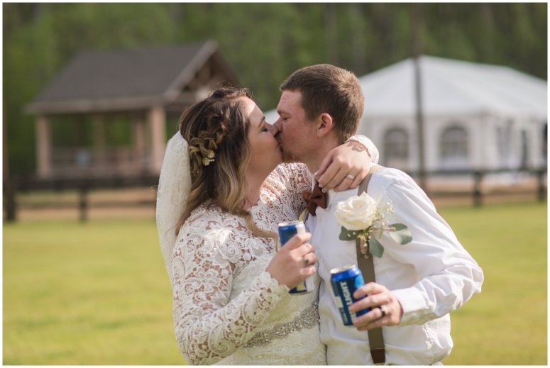 Intimate-Rustic-Backyard-Chesapeake-Virginia-Wedding_0693