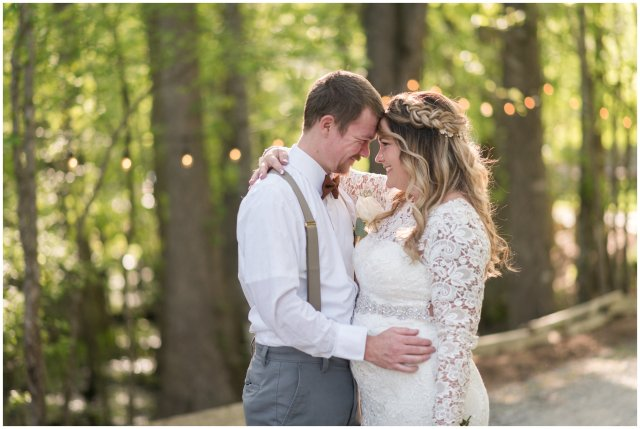 Intimate-Rustic-Backyard-Chesapeake-Virginia-Wedding_0700
