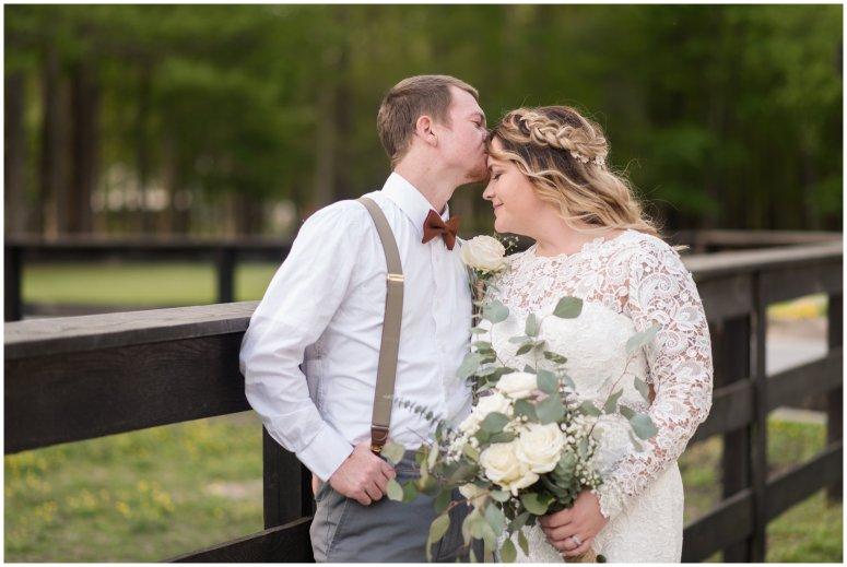 Intimate-Rustic-Backyard-Chesapeake-Virginia-Wedding_0714
