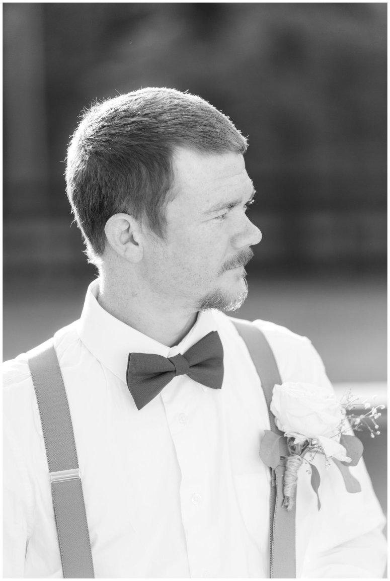 Intimate-Rustic-Backyard-Chesapeake-Virginia-Wedding_0719