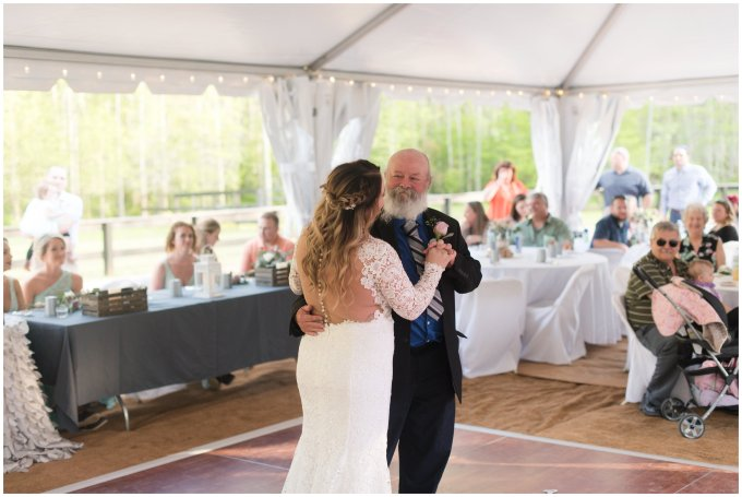 Intimate-Rustic-Backyard-Chesapeake-Virginia-Wedding_0750