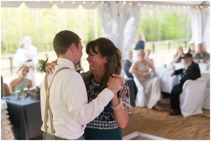Intimate-Rustic-Backyard-Chesapeake-Virginia-Wedding_0753