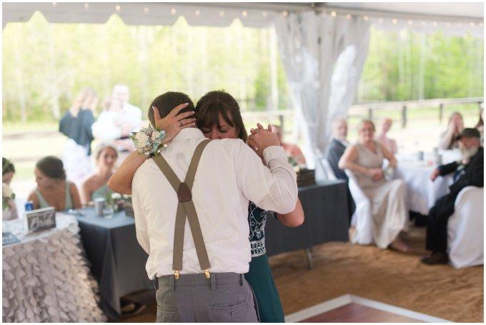 Intimate-Rustic-Backyard-Chesapeake-Virginia-Wedding_0755