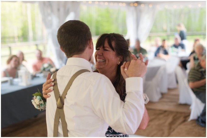 Intimate-Rustic-Backyard-Chesapeake-Virginia-Wedding_0758