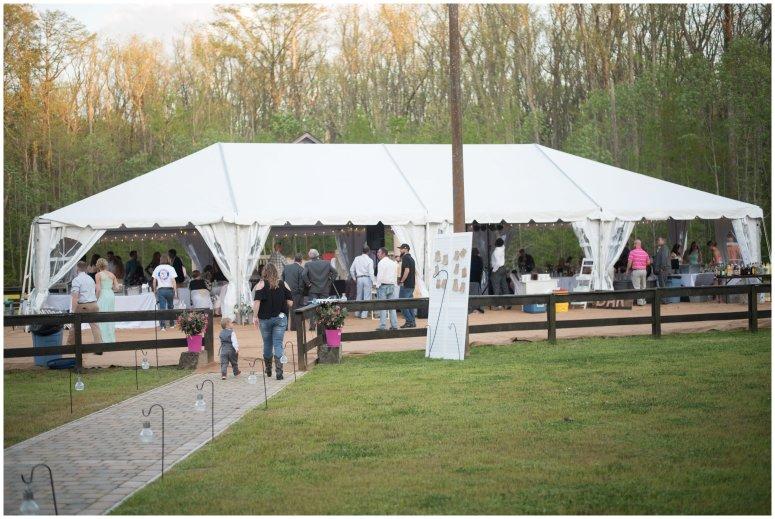 Intimate-Rustic-Backyard-Chesapeake-Virginia-Wedding_0760