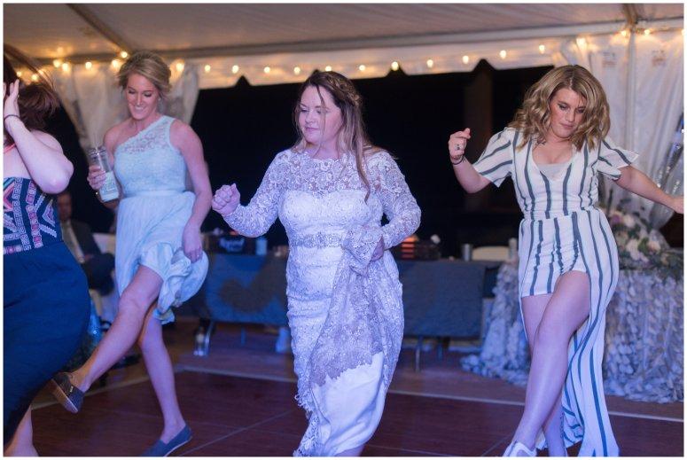 Intimate-Rustic-Backyard-Chesapeake-Virginia-Wedding_0780