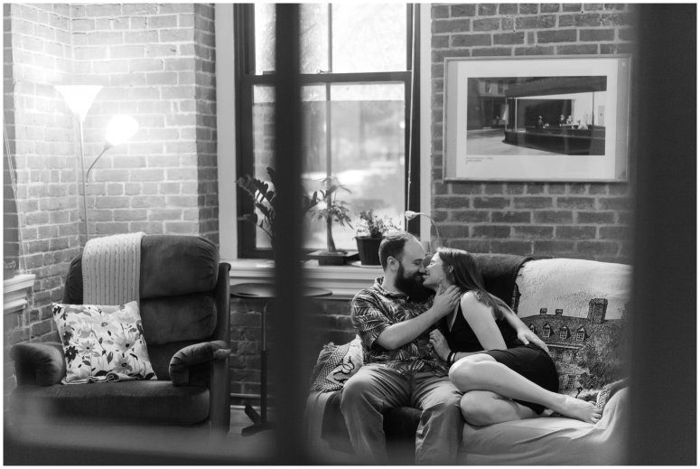 Cozy-In-Home-Downtown-Richmond-Engagement-Session_0890