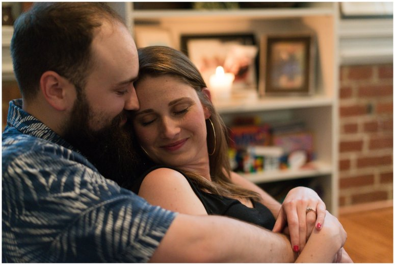 Cozy-In-Home-Downtown-Richmond-Engagement-Session_0906
