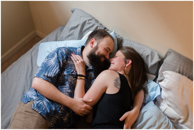 Cozy-In-Home-Downtown-Richmond-Engagement-Session_0909
