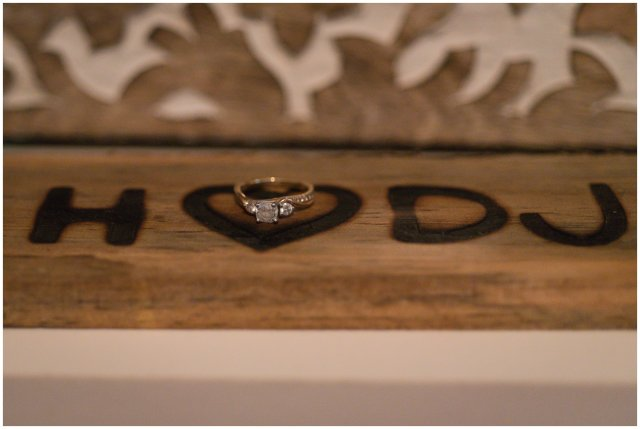 Cozy-In-Home-Downtown-Richmond-Engagement-Session_0914