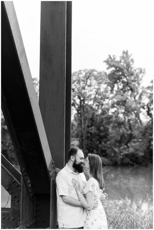 Cozy-In-Home-Downtown-Richmond-Engagement-Session_0921