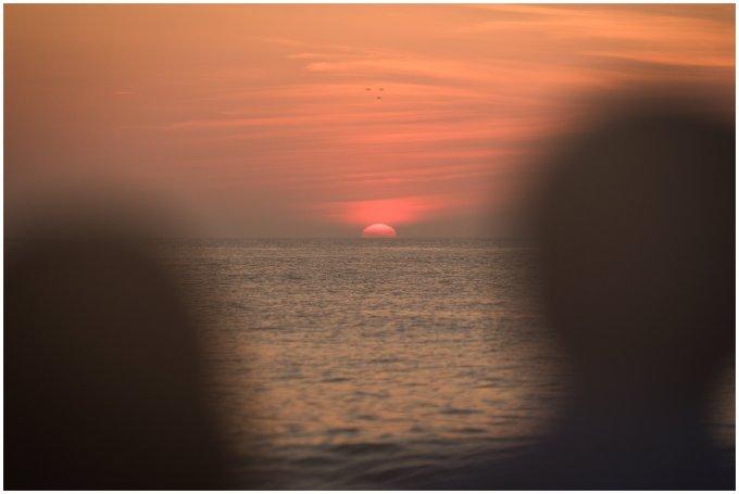 sunrise-oceanfront-virginia-beach-anniversary-session_1302
