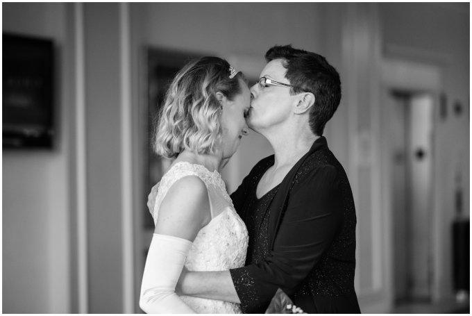 hilton-suffolk-virginia-wedding_1663