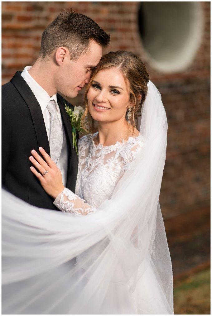 bride-groom-portrait-virginia-wedding-photographer_3302