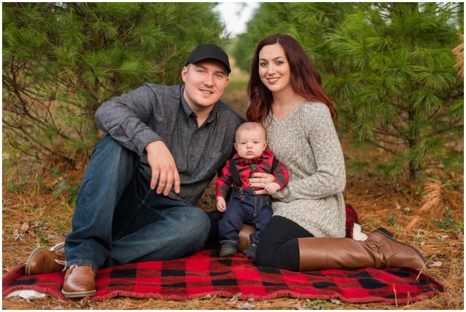 christmas-tree-farm-mini-sessions-suffolk-virginia_3012