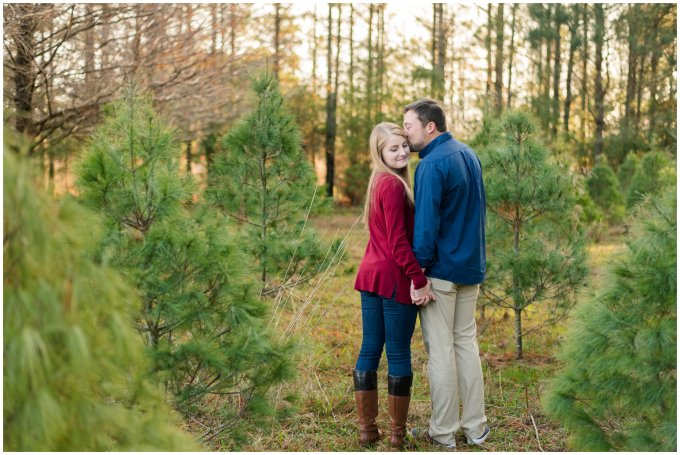 christmas-tree-farm-mini-sessions-suffolk-virginia_3015