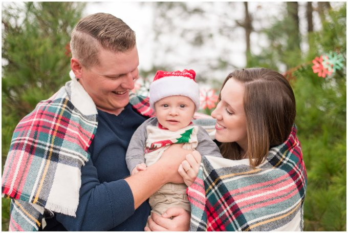 christmas-tree-farm-mini-sessions-suffolk-virginia_3018