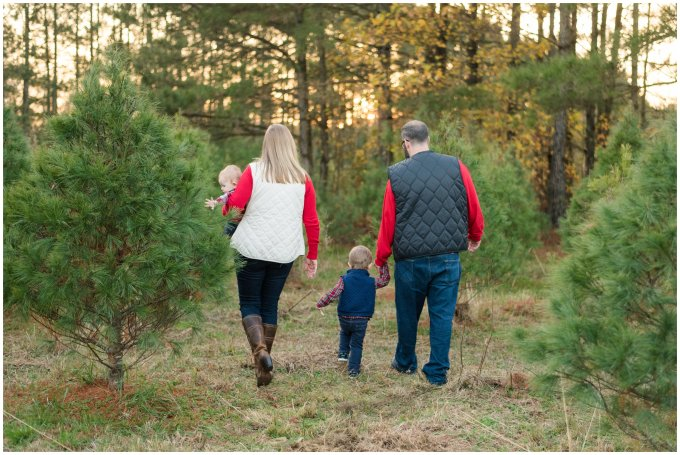 christmas-tree-farm-mini-sessions-suffolk-virginia_3021
