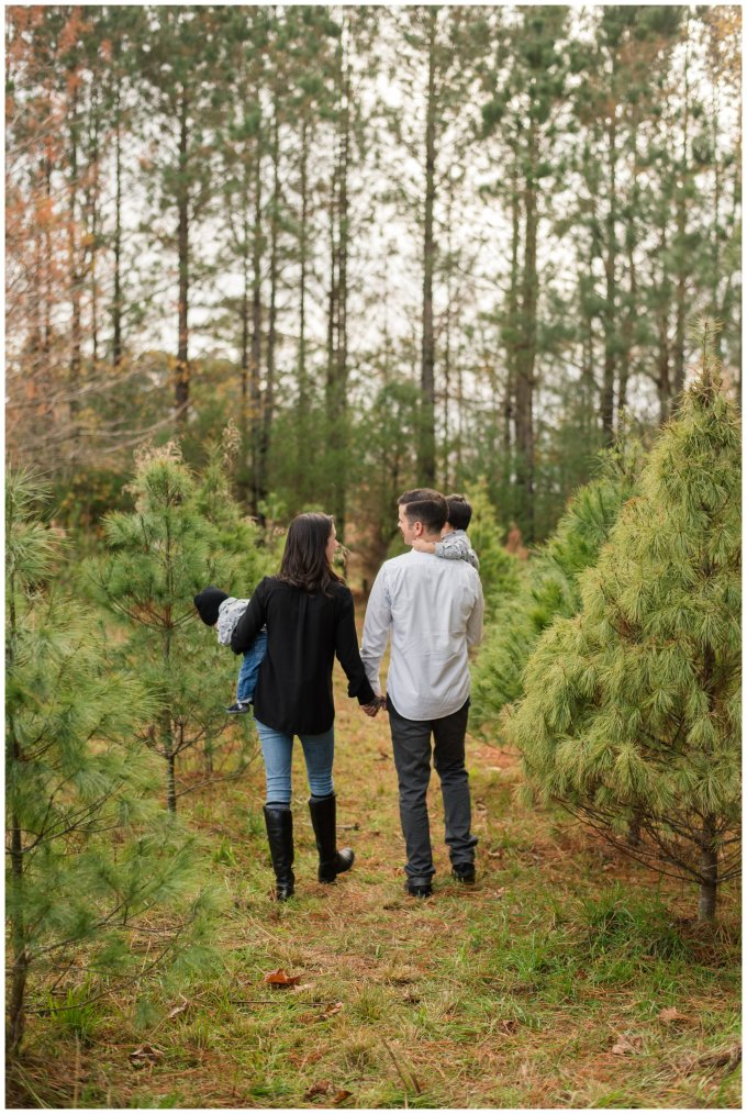 christmas-tree-farm-mini-sessions-suffolk-virginia_3024