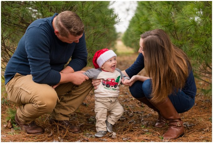 christmas-tree-farm-mini-sessions-suffolk-virginia_3039