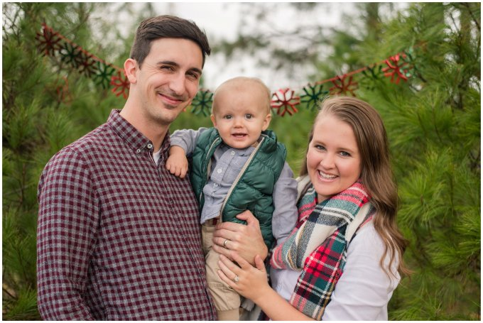 christmas-tree-farm-mini-sessions-suffolk-virginia_3045