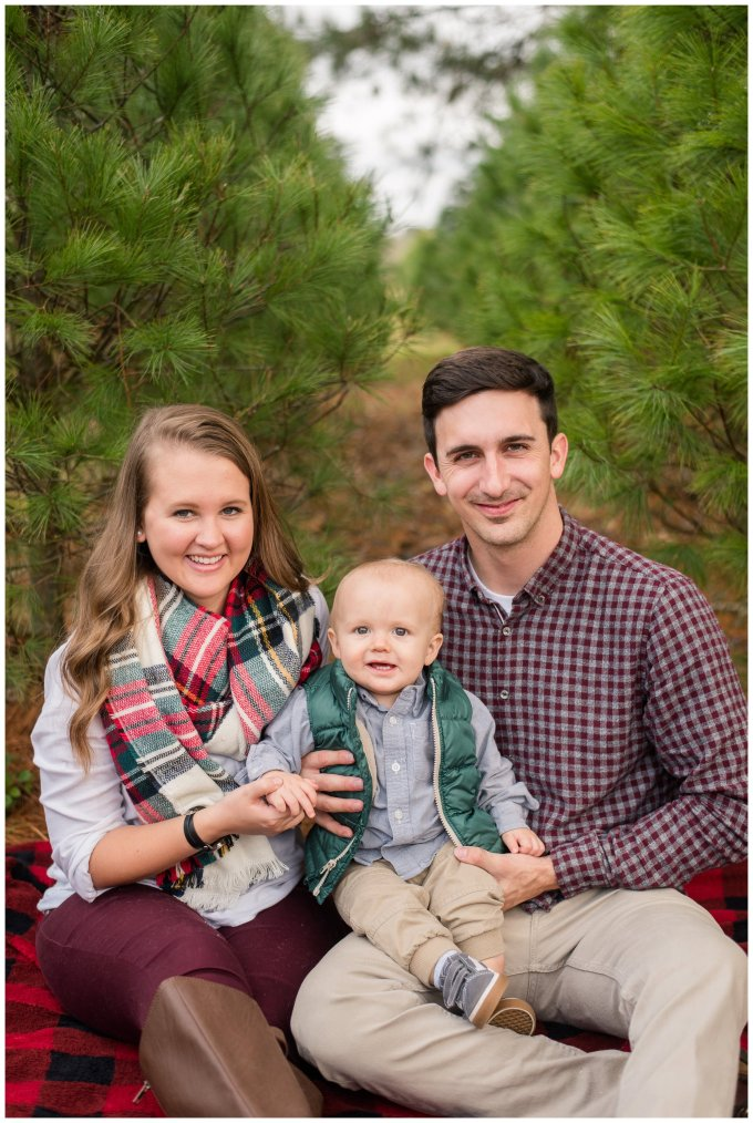 christmas-tree-farm-mini-sessions-suffolk-virginia_3047