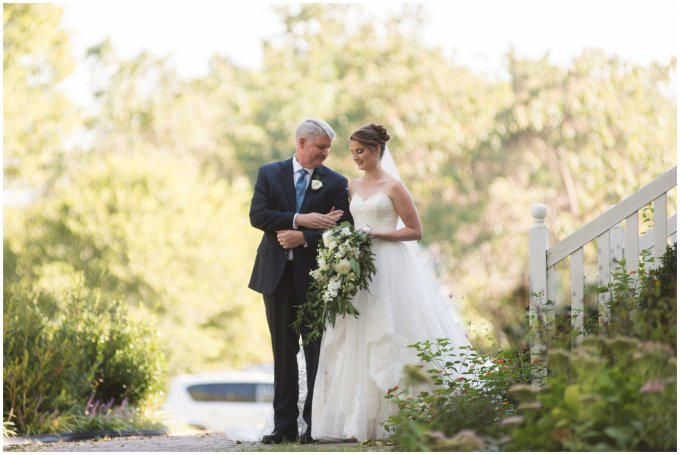 father-daughter-bride-walking-down-aisle