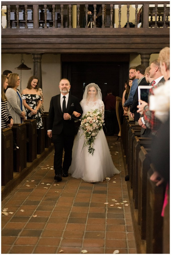 historic-saint-lukes-church-smithfield-virginia-wedding_3088