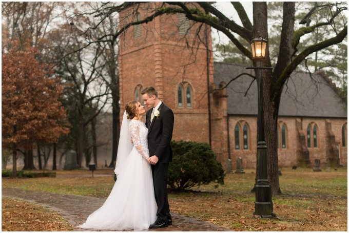 historic-saint-lukes-church-smithfield-virginia-wedding_3128