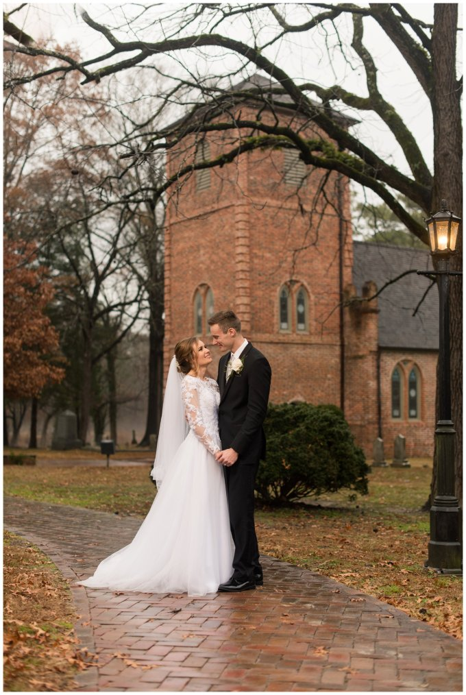 historic-saint-lukes-church-smithfield-virginia-wedding_3131