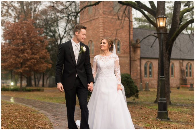 historic-saint-lukes-church-smithfield-virginia-wedding_3133